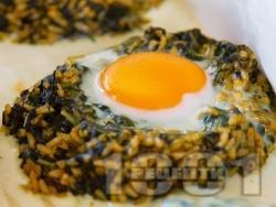 Печени гнезда с ориз, лапад и яйца в тава на фурна - снимка на рецептата